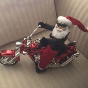 Santa riding cycle w/battery music born to be wild